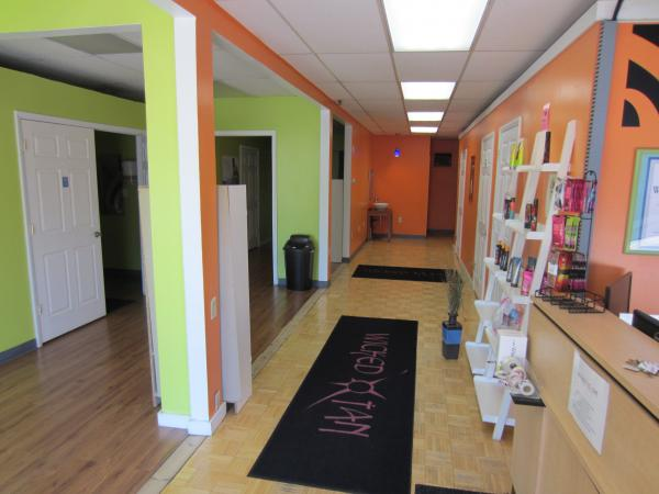 Previous Tanning Salon space