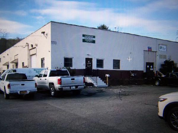 10,000 sq.ft. Industrial Building in the Town of Colonie
